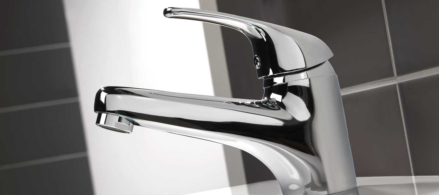 Twyford X52 Low Flow bath shower mixer tap